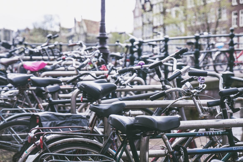 parking-velos-amsterdam