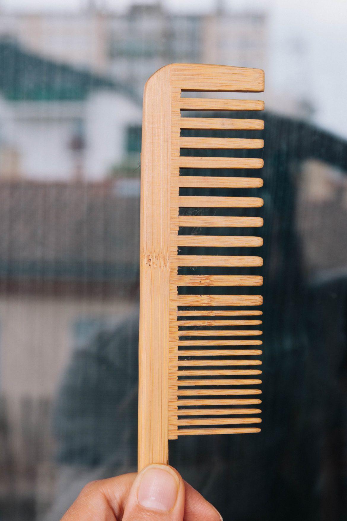 Peingne bambou zero dechet