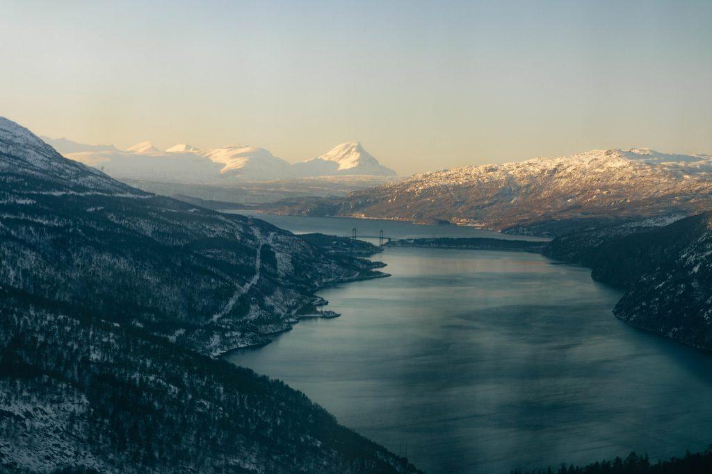 Train Norvège du Nord en hiver