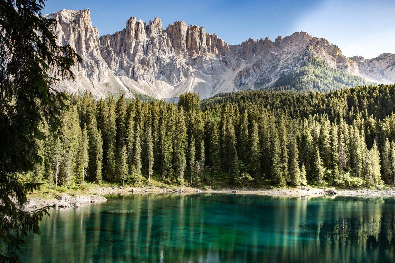 Découvrir les Dolomites en Italie : lago di Caezza, un des plus beaux lacs des Dolomites