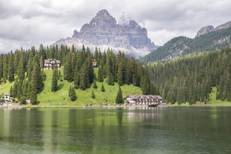 Découvrir les Dolomites en Italie : le lac di misurina