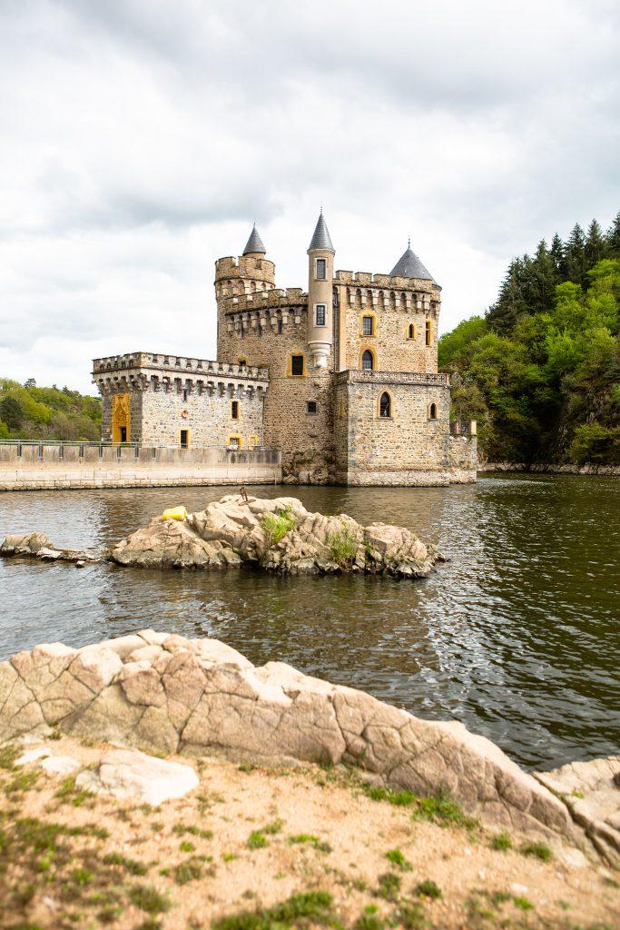 Visiter le Château de la roche dans la Loire